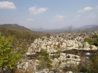 Rocky, beautiful hike to Kundalila Falls!