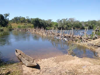 Dugout canoe on the Lunga River.