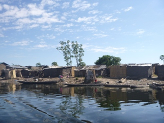 Homes on the edge of Mongu.