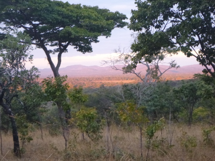 Does this count as alpenglow? Doe these count as mountains? When you live in Zambia, the answer is: Yes!