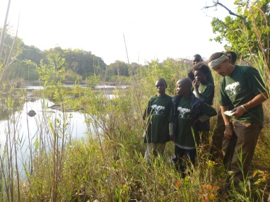 The Green Pride looking for river-adapted organisms.