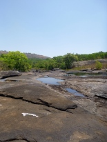Rocky tributary of the Mutinondo River.