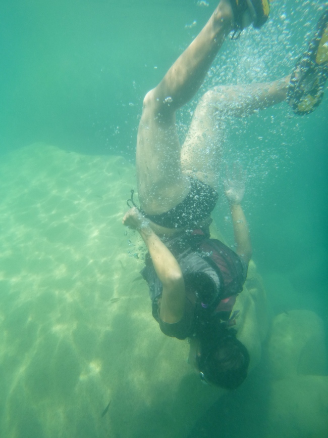 Ryeon free diving.