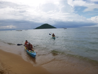 Luckily we all arrived back safely, with no more unexpectedly overturned kayaks.